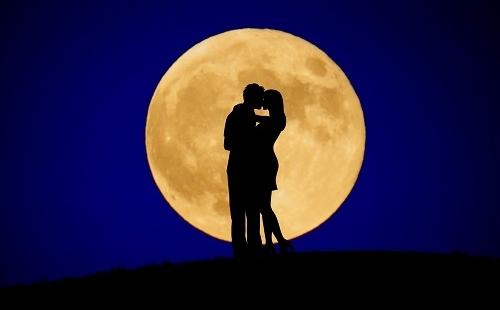 月が綺麗ですね」は告白の意味だった!? 乙な告白への華麗な返し8つ ...
