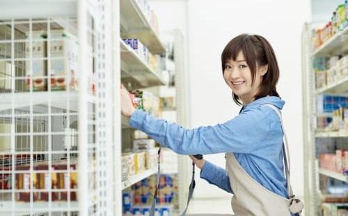 コンビニ店員をかわいいと思ってしまう理由とかわいいコンビニ店員へのアプローチ | MENJOY