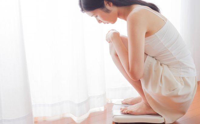 中 体重 増加 生理