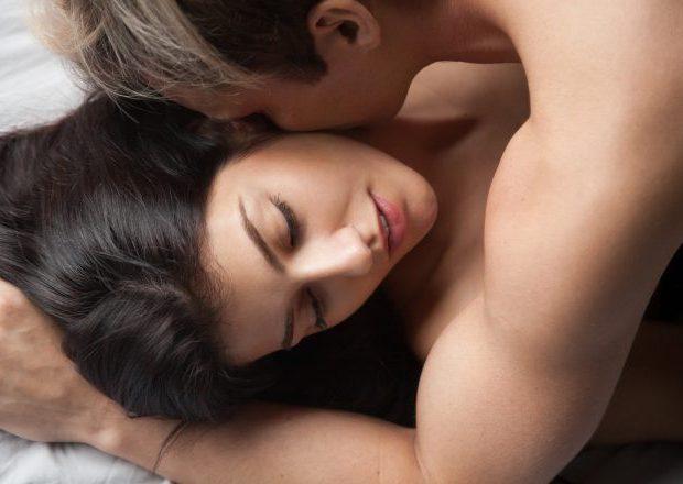 元カノは男性が「セックスしたい」ときに好都合?セフレ候補になりやすい理由は…